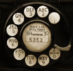 old-telephone-web